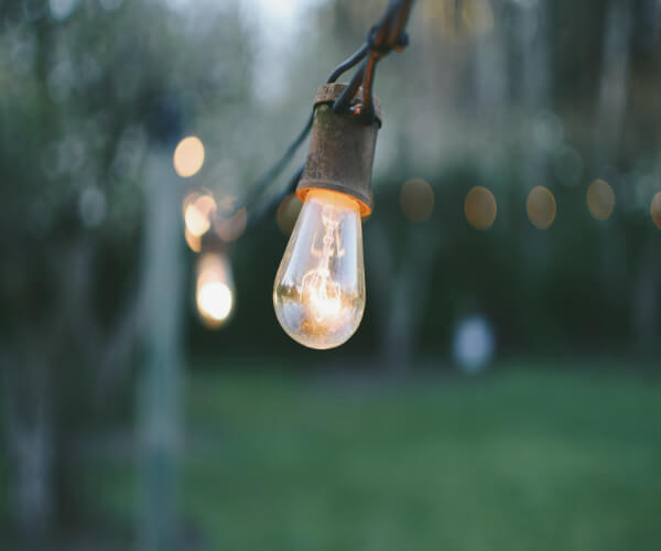 Outdoor Lighting Tips for Summer