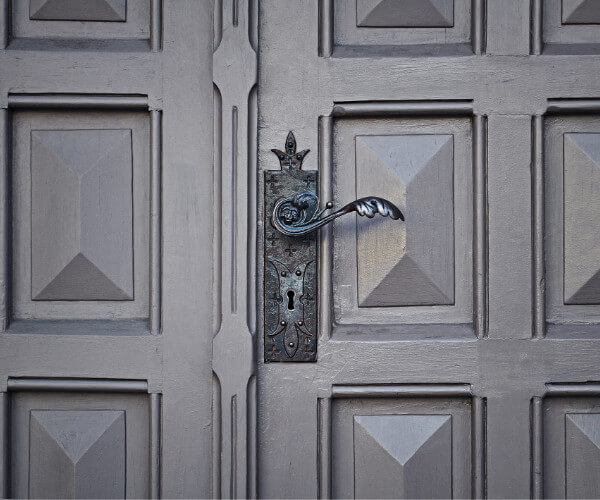 What You Need To Know About Custom Doors